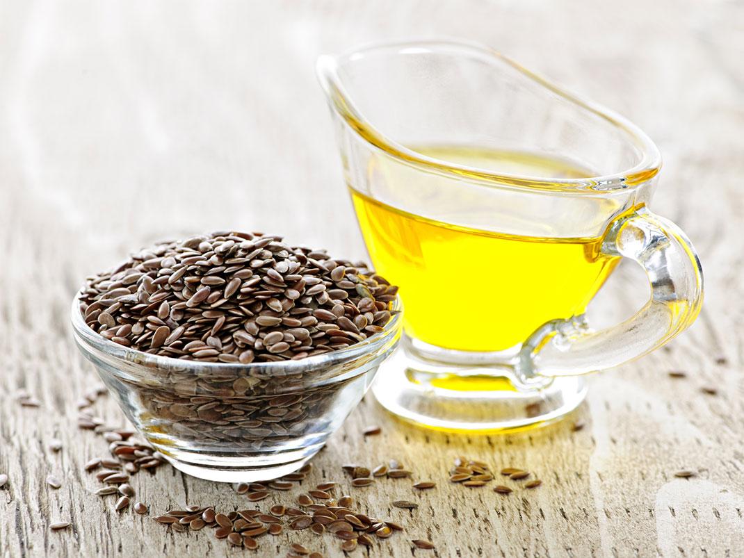 Lanena semena in laneno olje sta dober vir Omega 3 maščobnih kislin