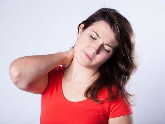 Težave s hrbtenico in kostmi: Kako si lahko pomagamo?