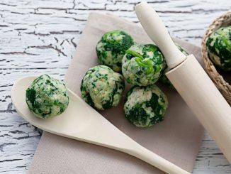 Zeleni cmočki iz kopriv